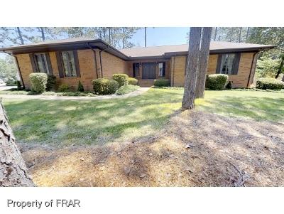 Harnett County Single Family Home For Sale: 12 Nassau Ln