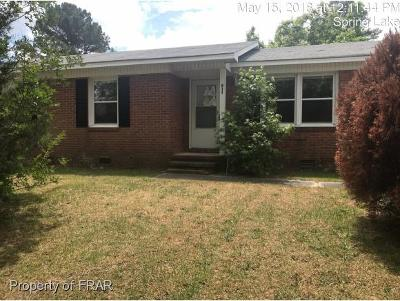 Spring Lake Single Family Home For Sale: 611 Freda Court