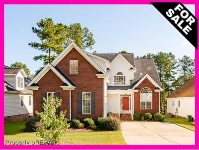 Harnett County Single Family Home For Sale: 118 Lamplighter Way