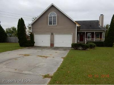 Hope Mills NC Single Family Home For Sale: $119,000