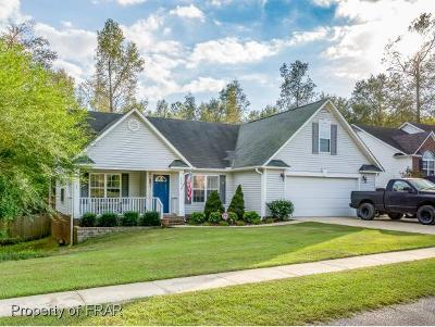 Raeford Single Family Home For Sale: 152 Spring Valley Drive