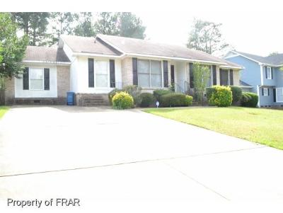 Fayetteville Single Family Home For Sale: 7663 Glenbrook Drive