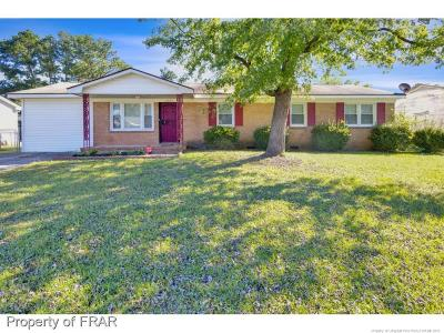 Fayetteville Single Family Home For Sale: 1621 Grandview Dr