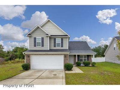 Fayetteville Single Family Home For Sale: 2109 Gray Goose Loop