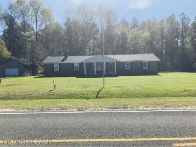 Hope Mills Single Family Home For Sale: 1614 Joe Hall Rd