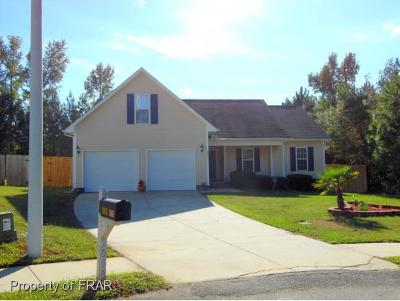 Fayetteville Single Family Home For Sale: 2053 Ivey Commons #124