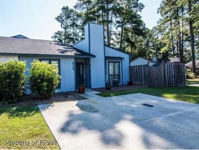 Robeson County Single Family Home For Sale: 212 Charmant Rd