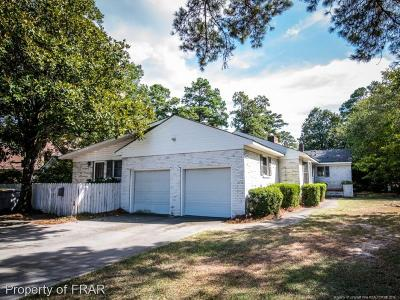 Robeson County Single Family Home For Sale: 2302 N. Elm St.