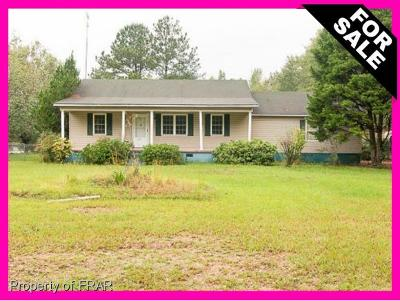 Robeson County Single Family Home For Sale: 275 Broadwell Rd