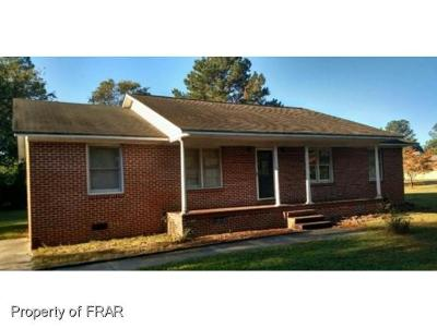 Moore County Single Family Home For Sale: 200 E Charles Ave