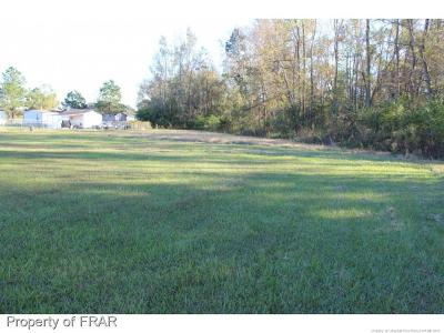 Robeson County Single Family Home For Sale: 49 Ebermoor Rd