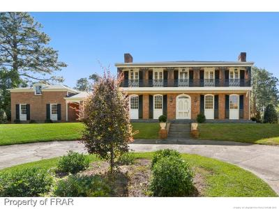 Fayetteville Single Family Home For Sale: 1102 Offshore Drive