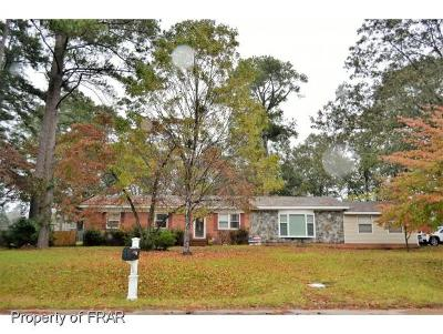 Raeford NC Single Family Home For Sale: $134,900