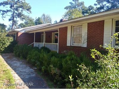 Raeford NC Single Family Home For Sale: $159,900