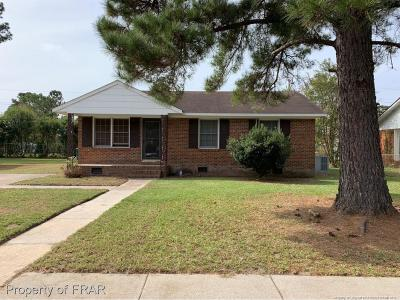Robeson County Single Family Home For Sale: 2160 California Dr.