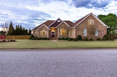 Fayetteville Single Family Home For Sale: 2615 Dewop Dr
