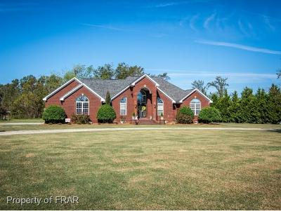 Robeson County Single Family Home For Sale: 63 Leann Drive