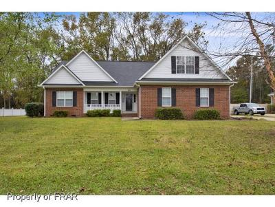 Raeford NC Single Family Home For Sale: $221,000