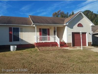 Fayetteville Single Family Home For Sale: 573 Jennings Farm Road