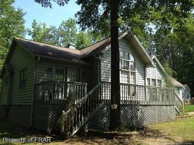 Single Family Home For Sale: 1636 Stonegate