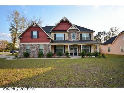 Hope Mills Single Family Home For Sale: 2612 Cypress Lakes Rd #1
