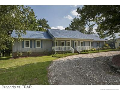 Hope Mills Single Family Home For Sale: 8537 Independence Drive