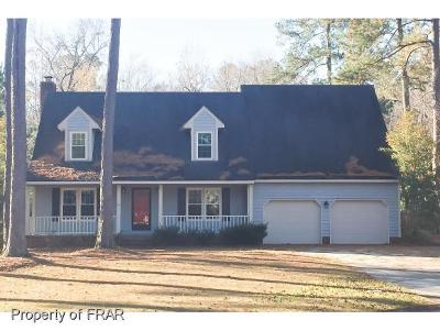 Fayetteville Single Family Home For Sale: 5655 Dobson Dr