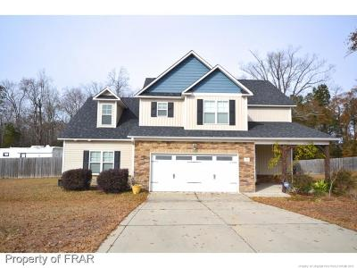 Single Family Home Pending: 140 Bristle Oaks Drive