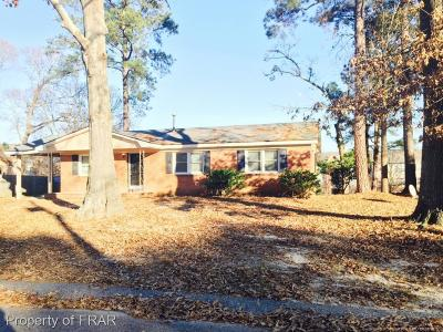 Fayetteville Single Family Home For Sale: 6314 Lynette Cir