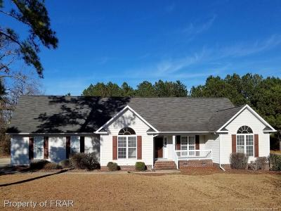 Raeford Single Family Home For Sale: 115 Breckenridge Drive