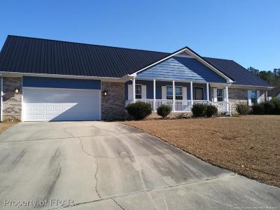 Raeford Single Family Home For Sale: 202 Timber Ridge Dr