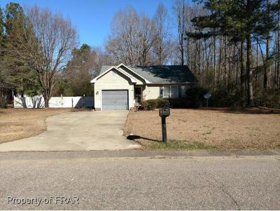 Raeford NC Single Family Home For Sale: $100,000