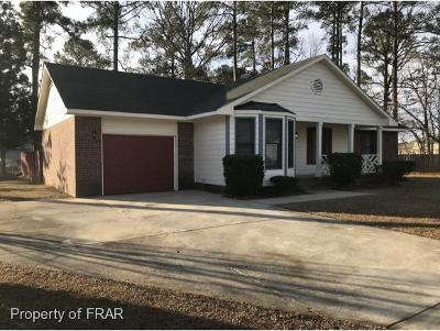 Fayetteville Single Family Home For Sale: 7201 Mill Pond Ct