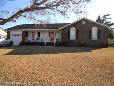Fayetteville Single Family Home For Sale: 6356 Lake Trail Drive