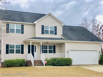 Hope Mills Single Family Home For Sale: 4425 Scenic Pines