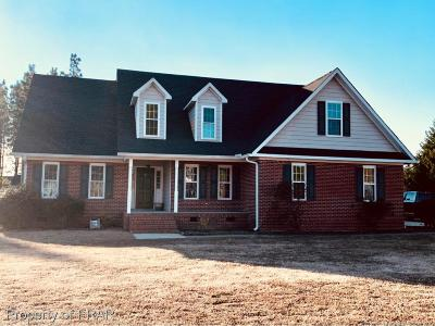 Raeford Single Family Home For Sale: 114 Terrier Way #100
