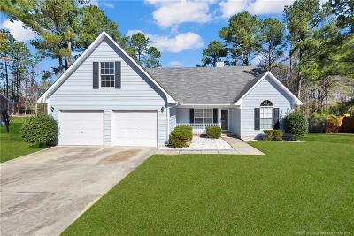 Raeford  Single Family Home For Sale: 116 Bayou Court