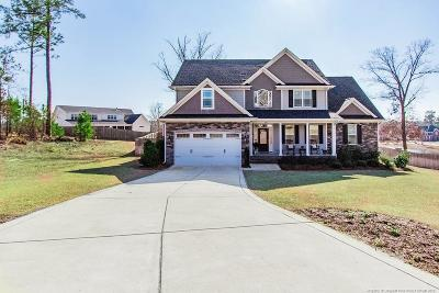 Fayetteville Single Family Home For Sale: 2811 Wave Runner Court