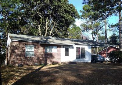 Fayetteville Single Family Home For Sale: 1810 Wendover Drive