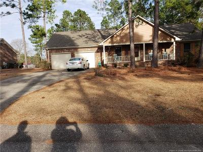 Fayetteville Single Family Home For Sale: 7590 Firethorn Drive