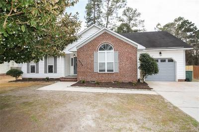 Hope Mills Single Family Home For Sale: 3333 Master Drive