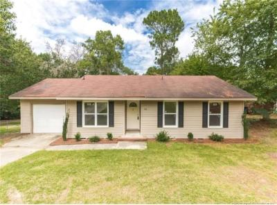 Fayetteville Single Family Home For Sale: 510 Nottingham Drive
