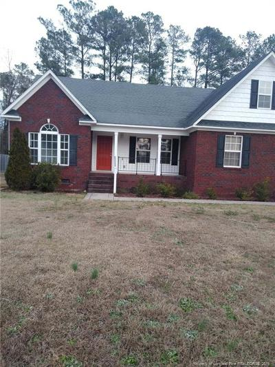 Raeford NC Single Family Home For Sale: $187,500