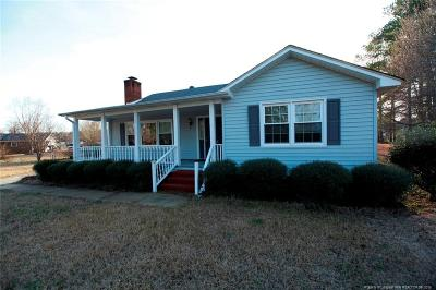 Robeson County Single Family Home For Sale: 803 Bishop Circle