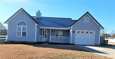 Fayetteville Single Family Home For Sale: 2908 Chillingworth Drive