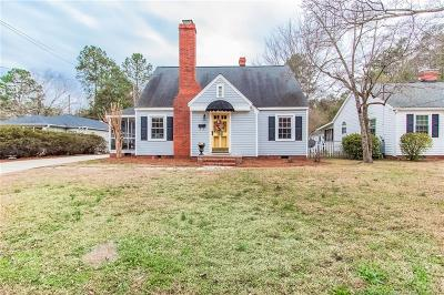 Fayetteville Single Family Home For Sale: 203 Hull Road