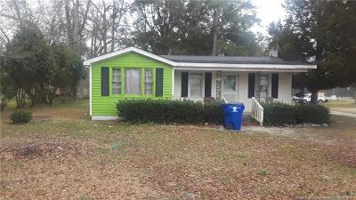 Sampson County Single Family Home For Sale: 34 N Bladen Avenue