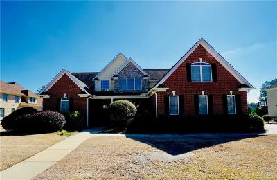 Fayetteville Single Family Home Active Under Contract: 3009 Muirfield Avenue