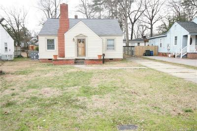 Fayetteville Single Family Home For Sale: 913 McKimmon Road