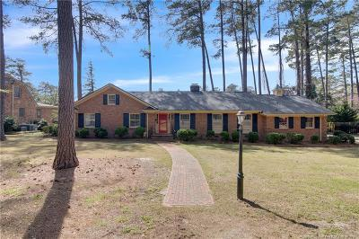 Fayetteville Single Family Home For Sale: 440 Holly Lane